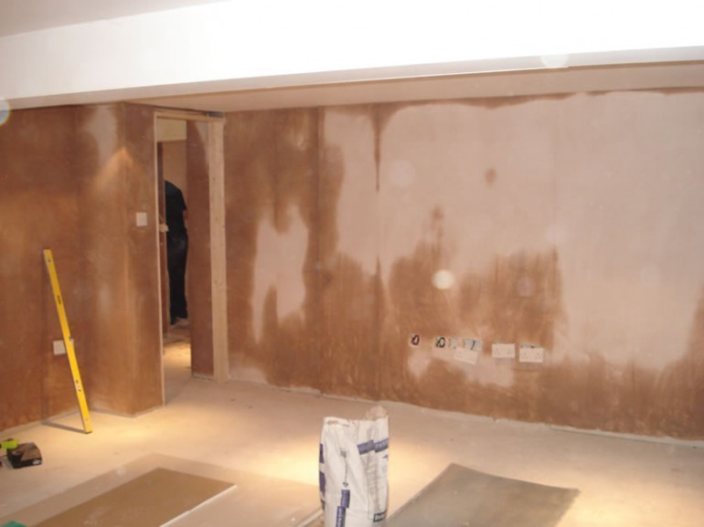 The Difference Between Waterproofing and Damp-proofing